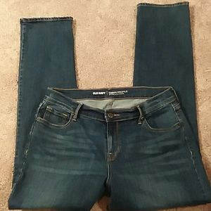 Old Navy Curvy/profile mid-rise straight leg jeans